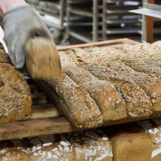 Herrmannsdorfer Vollkor-Natursauerteig Bäckerei