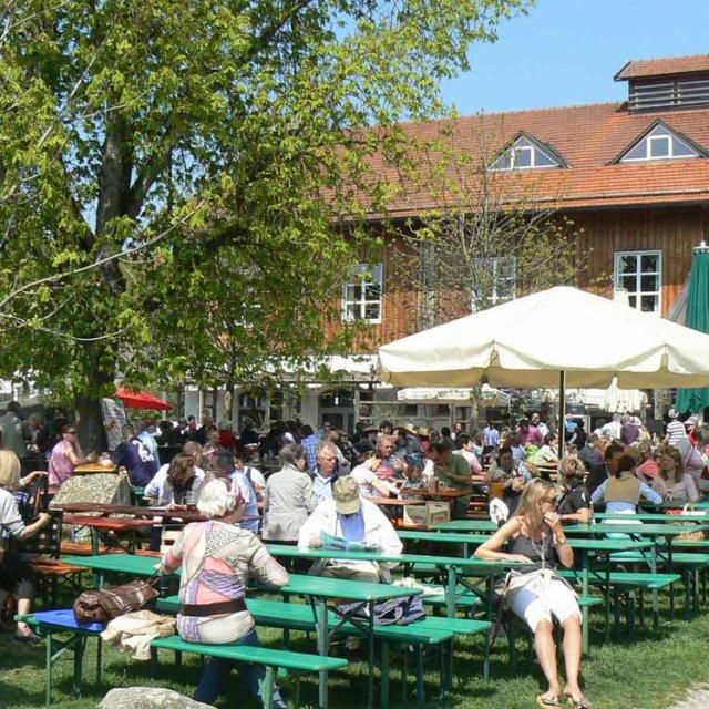 Herrmannsdorfer Biergarten
